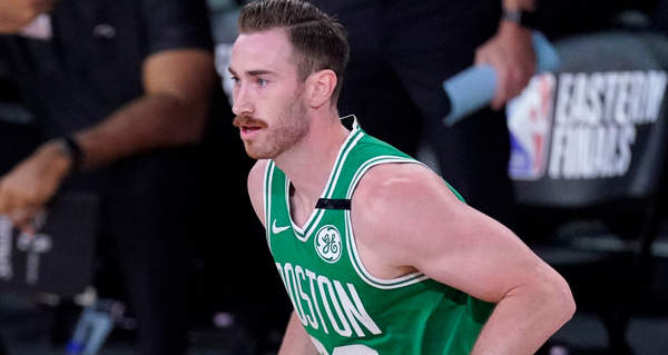 Hornets, Celtics Discuss Converting Gordon Hayward To Sign-And-Trade