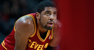 Kyrie Irving To Receive MRI On Injured Shoulder
