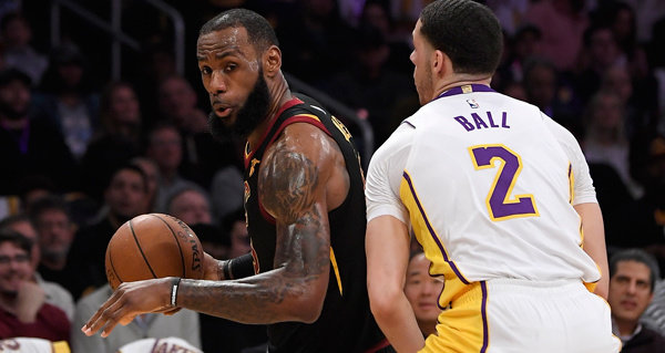 Lakers' NBA title odds improve to 7-2 after adding LeBron James