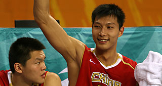 During Predraft Workouts The 76ers Never Hid Their Affection For 6 Foot 11 Chinese Power Forward Yi Jianlian And On Draft Night Team Appaly Made