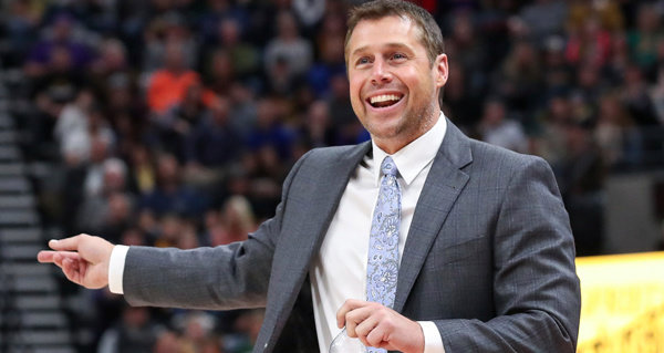 Luke Walton a frontrunner for Kings job after Joerger firing