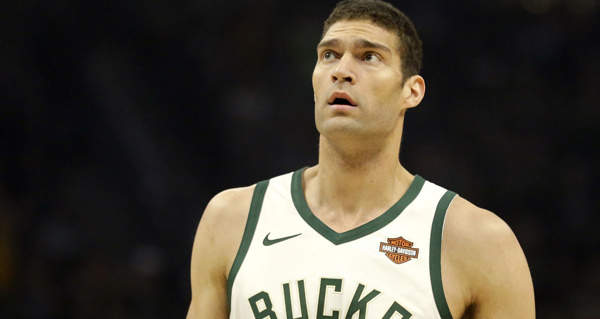 Lakers Interested In Brook Lopez, DeAndre Jordan
