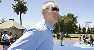 Chris Mullin Agrees To Become Head Coach Of St. John's
