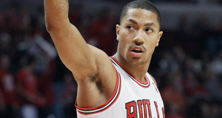 e155b1556c0d Derrick Rose suffered a torn meniscus in his right knee and will undergo  surgery