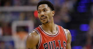 Derrick Rose Undergoes Surgery, Expected Back In 4-6 Weeks