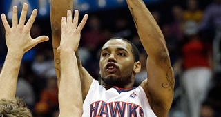 Mike Scott Charged With Drug Possession
