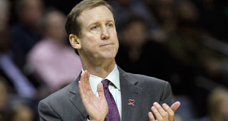 Blazers Have Yet To Pick Up 16-17 Option On Terry Stotts