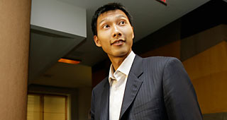 Yi Jianlian Will Carry Cap Number Of $8M For Lakers